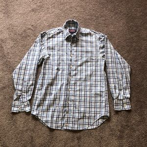 Vineyard Vines Button Up Shirt